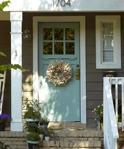 Your Front Door Design Style: Bungalow Buff You have an affinity for natural harmonies. A Craftsman bungalow's unfussy architecture treads as lightly on the landscape as you do. When decorating your door, take inspiration from the home's shingled or stucco siding, flagstone pillars, or exposed rafters, as well as its underlying Japanese or Swiss design influences. Opt for simple decorations: woodsy hues, organic textures, or a few colorful accents.