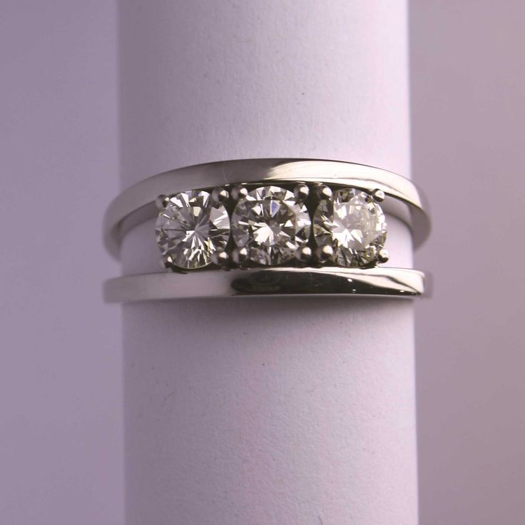 Spring approaches! Hang in there while temperatures plummet! Why not start planning your perfect engagement now to start getting you all warm inside...