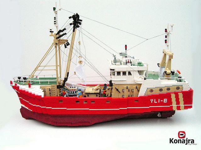 Konajra's Beam Trawler is the Gold Standard in hyper realistic LEGO boat models.