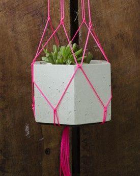 Studio Fiveo3 Hanging Planter Pink 03