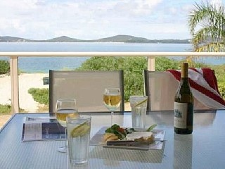 http://www.homeaway.com.au/holiday-rental/p4478398  Panoramic Views Winda Woppa #portstephens #holiday