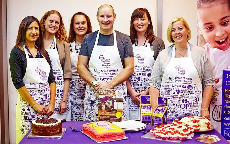 He may have ended up as a runner-up, but The Great British Bake Off's Richard Burr is still smiling. The builder turned up at Great Ormond Street Hospital to judge bakes by medical staff to help raise awareness of Bake It Better Week