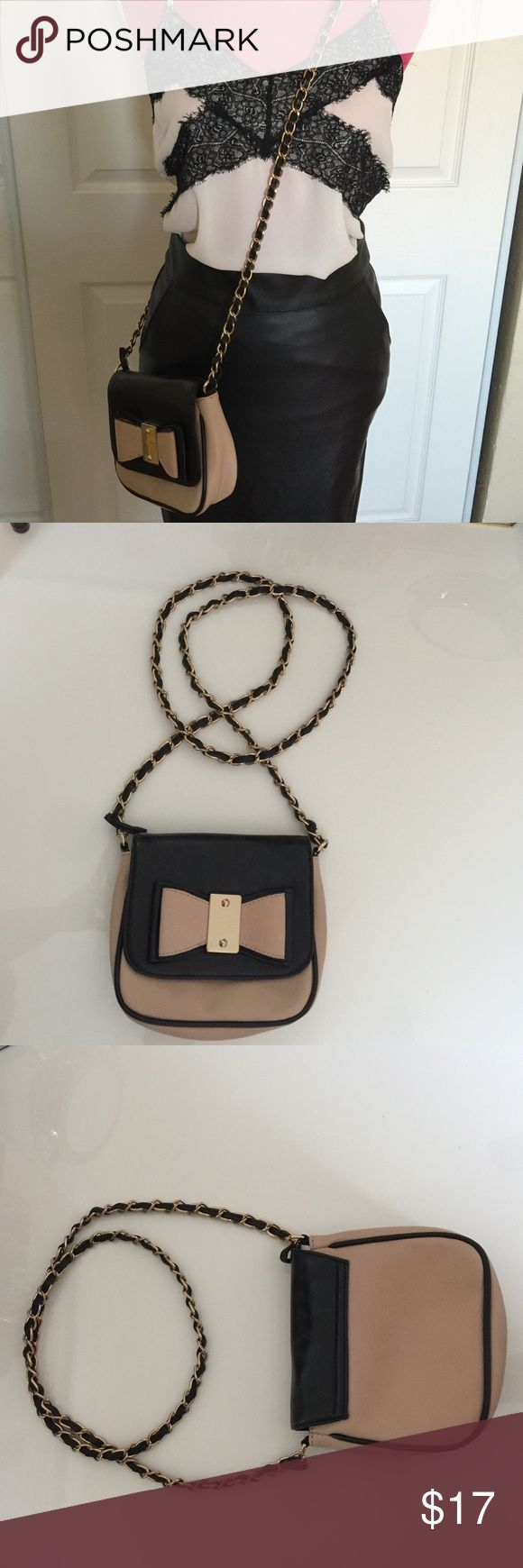 ALDO Mini Crossbody Bag Blush pink/ Black with Gold chain. Like new used 1-2 times. Inside is clean. ALDO Bags Crossbody Bags