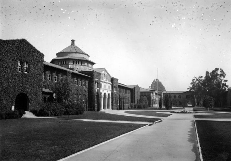 The older campuses of UCLA- second campus, on Vermont Avenue, or most of the 1910s and 1920s. Then the southern branch of the California State Normal School moved to the Vermont Ave. campus in 1914 from downtown LA. In 1919 it became absorbed into the UC system and attained University status. It quickly outgrew this campus which is why it moved to Westwood in 1929. This Vermont Avenue campus is now the location of Los Angeles City College.
