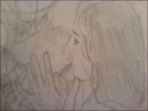 Spider-Man Kiss. r.hattonx