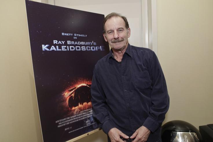 Cast-member Leonard Kelly