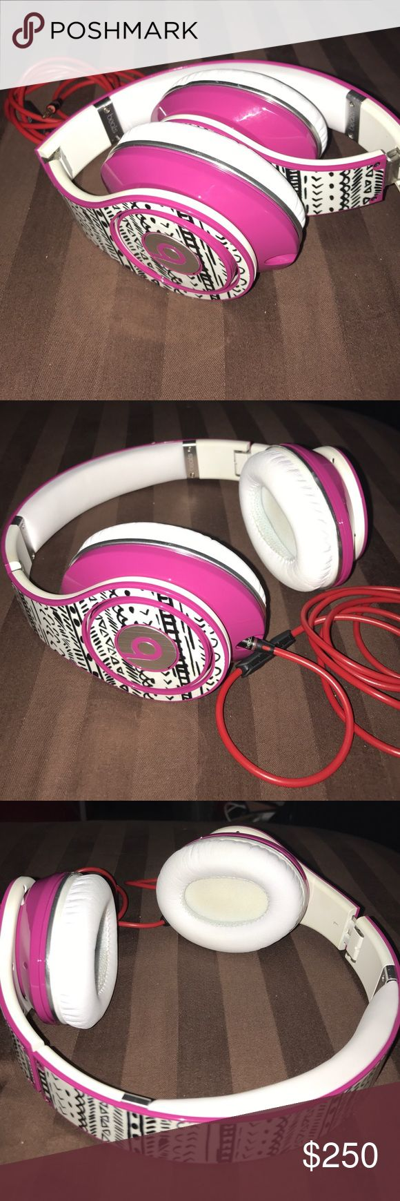 Beats studio headphones w/ wildflower decal AMAZING headphones, I just never use them. The decals can be taken off. Very pretty. Cheaper through 🅿️🅿️ Accessories