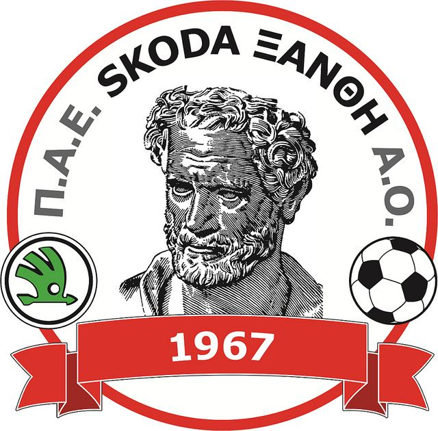 PAE Skoda Xanthi Athlitikos Omilos (Π.Α.Ε. Skoda Ξάνθη Αθλητικός Όμιλος / Football Club Skoda Xanthi Athletic Club) | Country: Greece / Ελλάδα. País: Grecia. | Founded/Fundado: 1967 | Badge/Crest/Logo/Escudo.