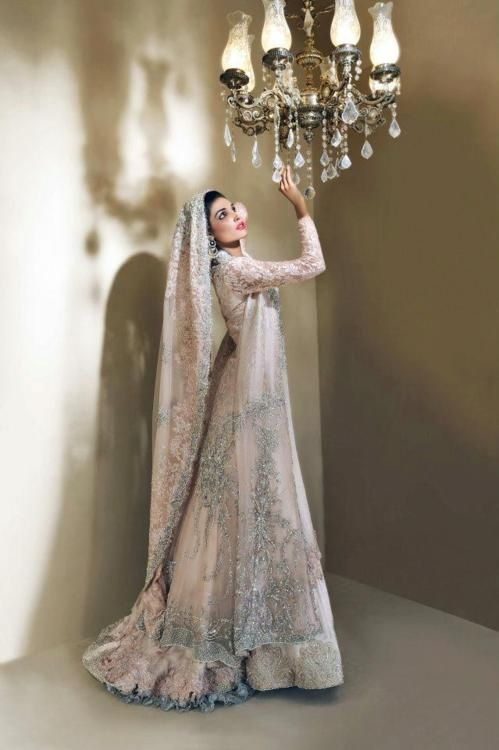 Pakistani & Indian Fashion Bridal Wedding Gowns Designs Collection 2015-2016 (15)