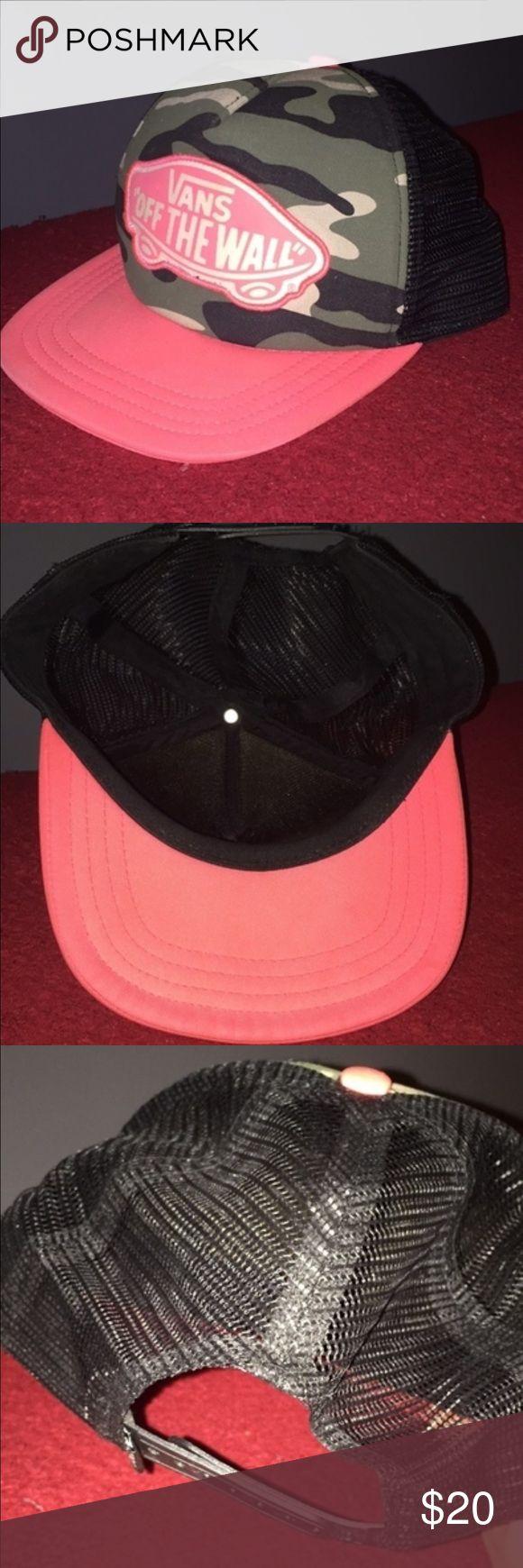 Vans Camo/Pink Snapback Camo and pink Vans snapback. Slightly worn. Good Condition. Vans Accessories Hats