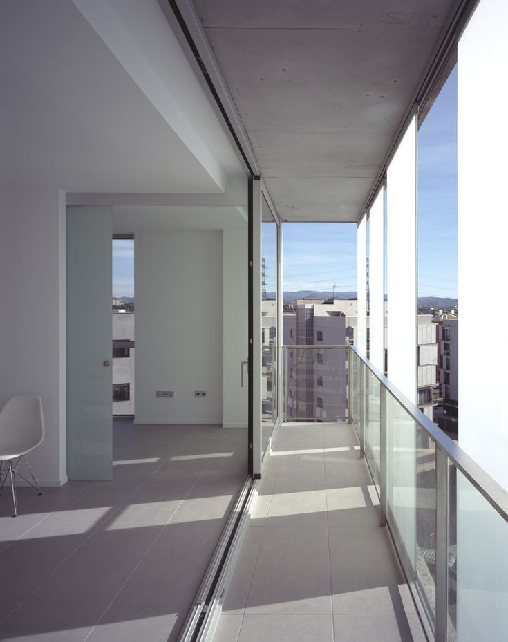 Image 6 of 14 from gallery of 30 Unit Multifamily Housing Building / Narch. Photograph by Hisao Suzuki