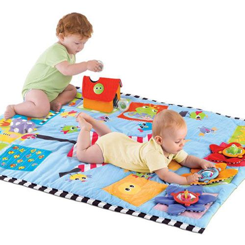 Mejores 40 im genes de mantas y cojines sensoriales en pinterest libros para ni os - Alfombra actividades bebe ...