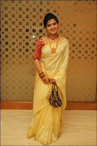 (DD) Dhivya Dharshini in beige color kerala saree with brocade blouse... #KeralaSaree