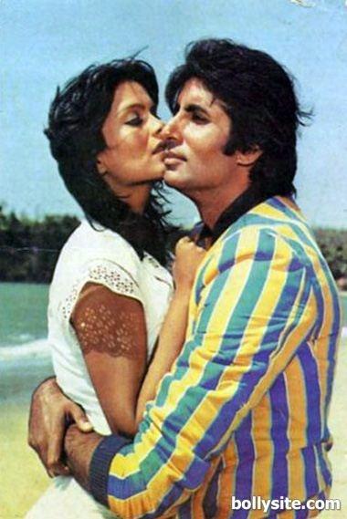 Amitabh Bachchan and Zeenat Aman in movie Pukar