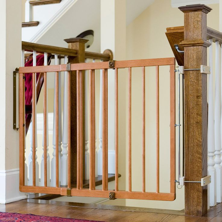 Superior Cardinal Gates Child Safety Gate
