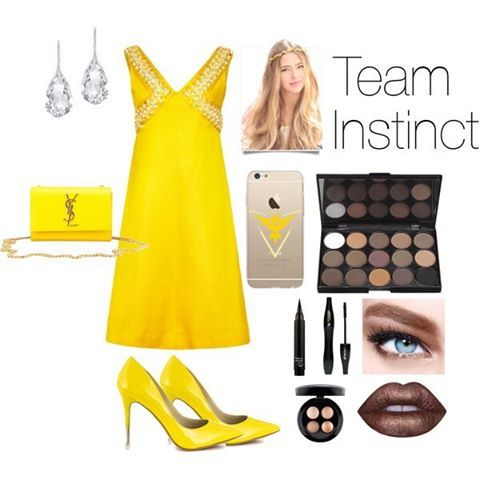 Team Instinct inspired outfit. ⚡️ -- -- -- -- -- -- -- Outfit items used⬇️ -- -- Yellow dress - 1stdibs.com - $625 Yellow heels - heels.com - $86 -- -- -- -- Feel free to leave requests in the comments, and if you want to know where I got any of the accessories in this look,  just dm me! -- -- -- -- #dress #makeup #geekyoutfit #geeky #geek #teaminstinct #teaminstinct⚡ #teamvalor #teammystic #pokemon #pokemongo #pokemongo🎮 #pikachu #bulbasaur #chrizard #squirtle
