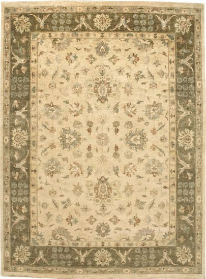 A Traditional Area Rug From Burritt Bros Brings Colour Style And Rich Tradition To Any Living Or Work E