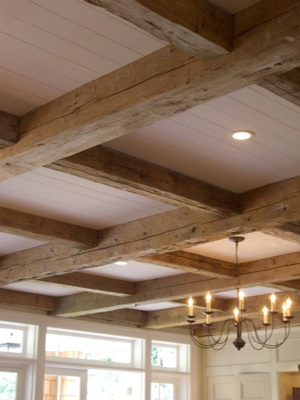 The 25 best wooden beams ceiling ideas on pinterest for Exposed wood beam ceiling
