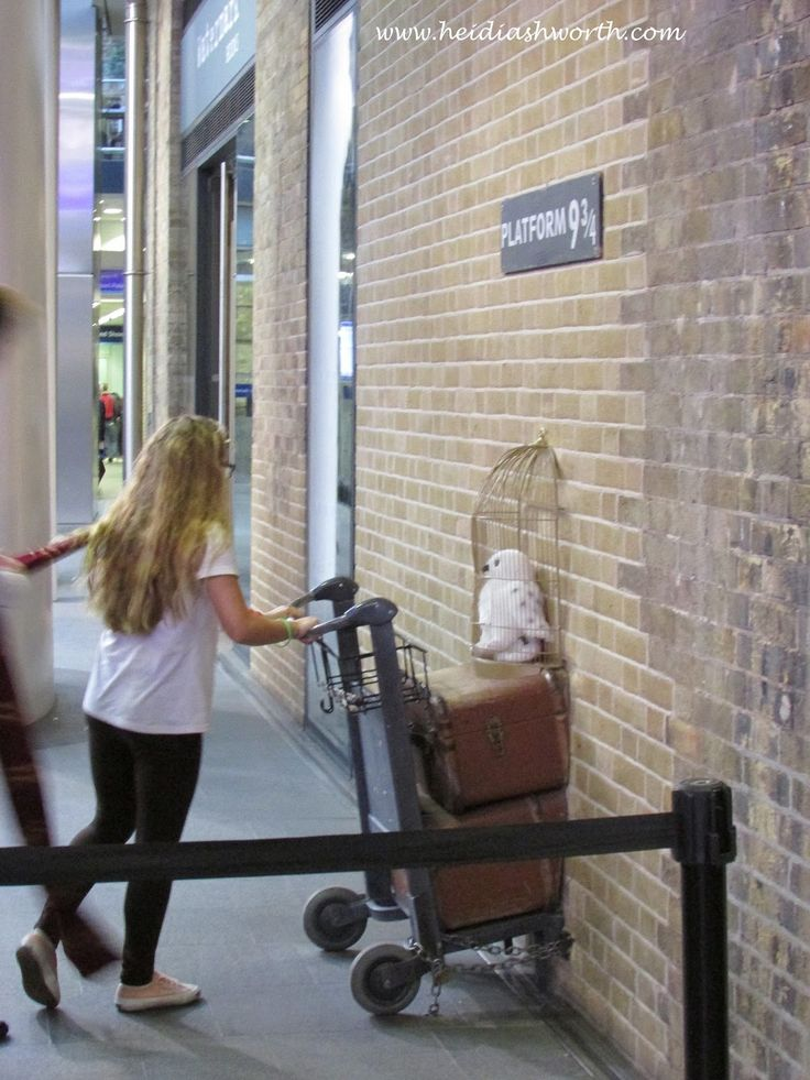 DUNHAVEN PLACE: King's Cross Station and Platform 9 3/4 and the Harry Potter Store, London, England