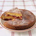 Scopri questa semplicissima torta di frutta mista, leggera e gustosa, ottima per una colazione ricca e genuina. Segui la ricetta di Sale&Pepe.