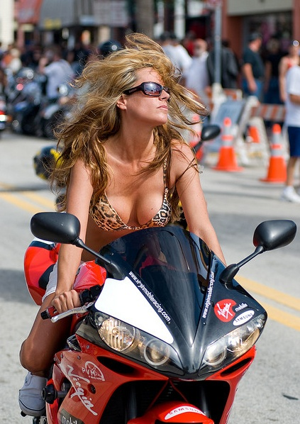 45 Best Single Biker Women Images On Pinterest-8952
