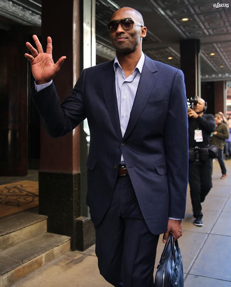 single men in bryant The son of former nba player joe bryant, kobe bryant enjoyed a successful high school basketball career at lower merion high school in pennsylvania, where he was recognized as the top high school basketball player in the country.