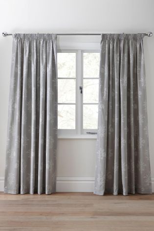 Next lead curtains