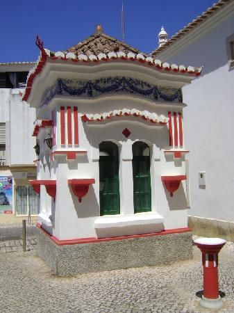 Kiosk, Lagos, Algarve - Portugal- Right by where I stay in Lagos, makes me smile every time i see it, such a funny little building.
