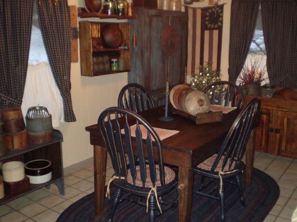 Primitive country dining room a few years back i was for Primitive dining room ideas