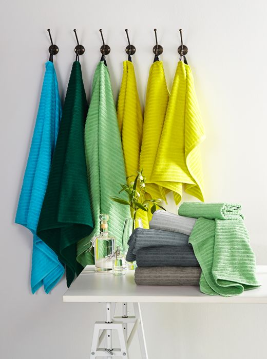 Luhta Home Aalto -pyyhkeillä väriä kylpyhuoneeseen. https://www.hobbyhall.fi/web/store/koti-ja-sisustus?utm_medium=photo_album&utm_campaign=j1_2015&utm_source=pinterest&utm_content=koti_3.2.