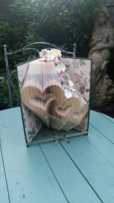 3 hearts book fold
