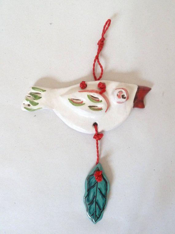 Uccellino in ceramica con becco smaltato di rosso di LabLiu, €17.00
