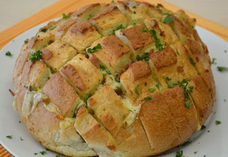 The Big Game and a Great Appetizer: Pull-Apart Party Loaf | Land O'Lakes