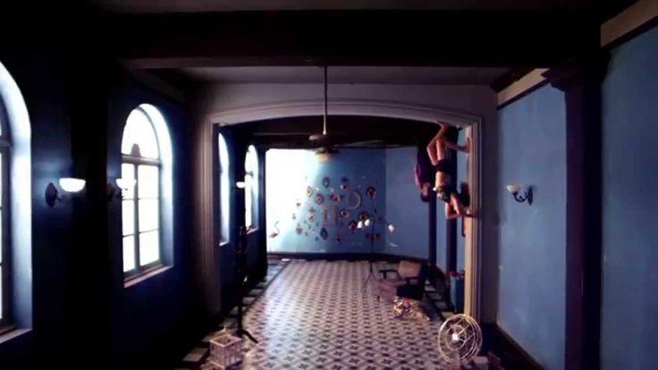 Sophie Ellis Bextor & Belinda - Heartbreak (Make me a dancer) En la oscu...