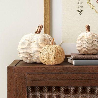Modern Fall Decor, Fall Home Decor, Autumn Home, Home Decor Items, Autumn Decorating, Pumpkin Decorating, Wood Signs For Home, Ceramic Decor, Autumn Inspiration