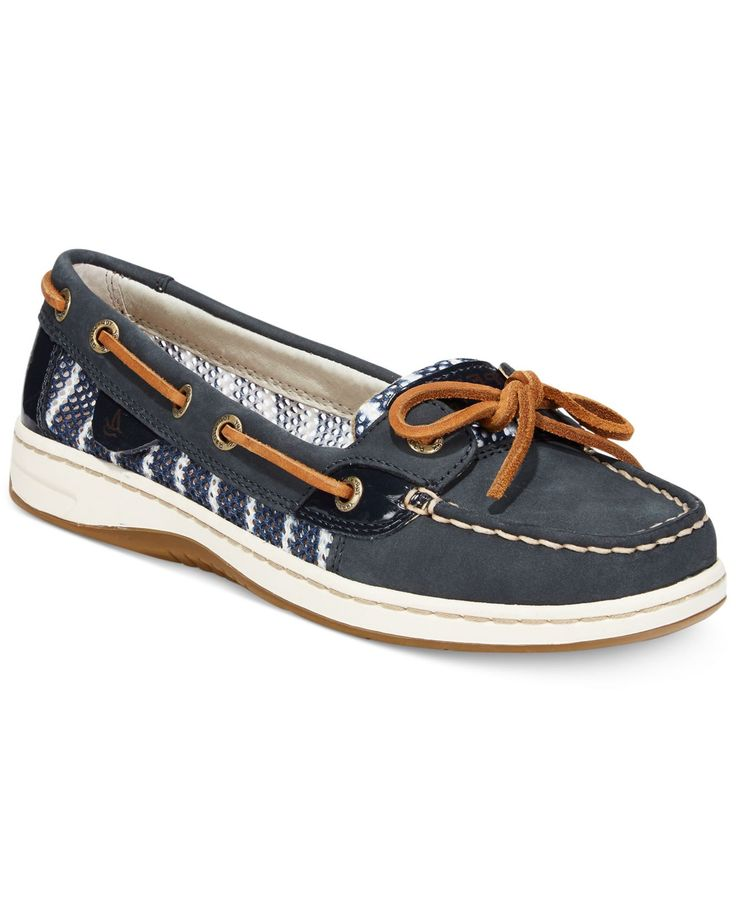 Sail the high seas of seasonal style in the Sperry Top-Sider® Women's Angelfish Breton boat shoes. Make waves in a trendy premium leather and novelty upper for fun style. A padded tongue and footbed k