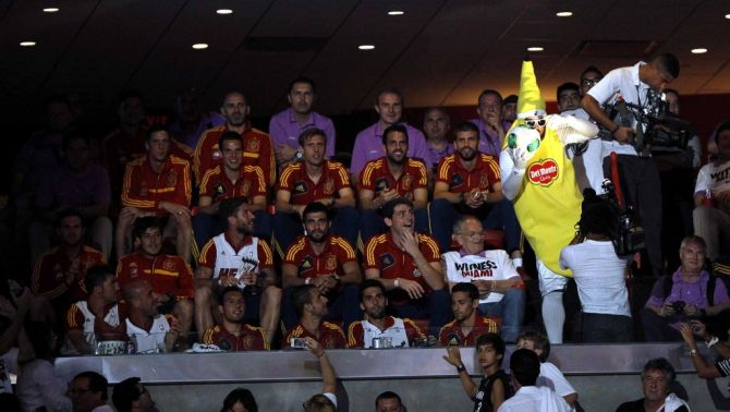 Los jugadores de La Roja en el American Ailines Arena presenciando el Miami-S.Antonio en 2013 #seleccionespanola #LaRoja #diariodelaroja