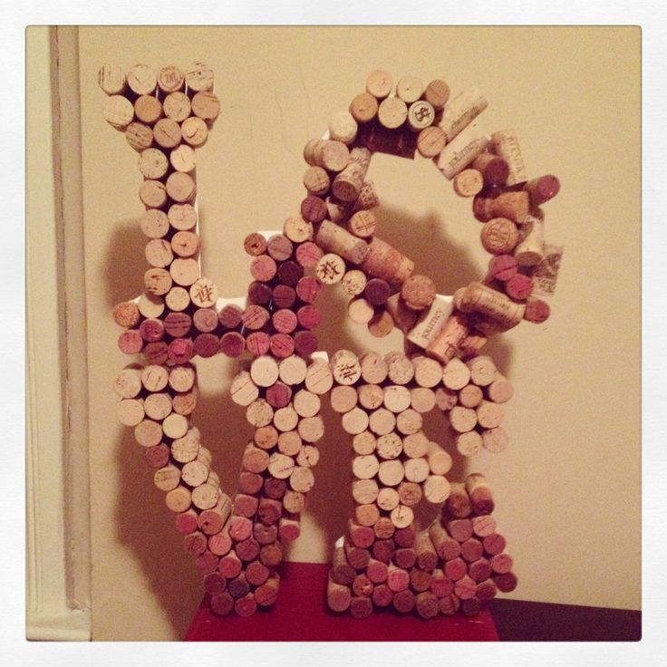 Wine cork project super easy superglue wine corks and for Simple cork