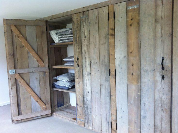 schuine wand steigerhout inbouwkast voor lage schuine wand attic space ...