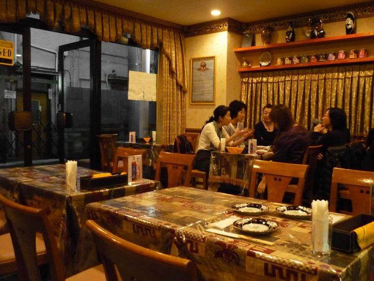 「タリム」 初台のウイグル料理屋さん ・とてもおいしい ・ウルムチの高級ホテルで働いていた本場のコックさん