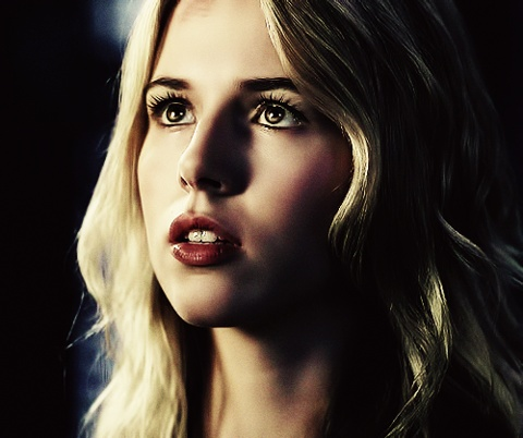 Alona Tal as Jo Harvelle on Supernatural. Sometimes I literally ask myself what Jo would do in whatever situation I can't figure out