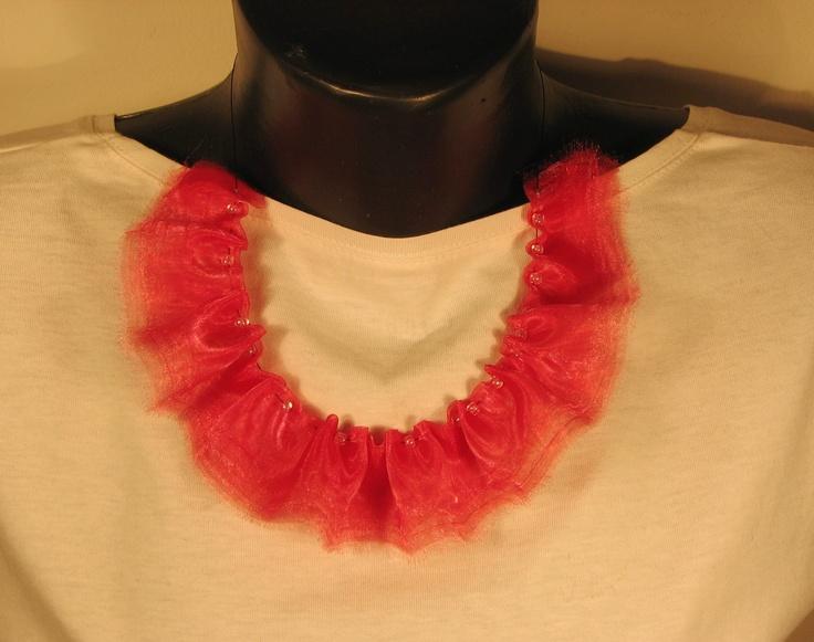 organza ruffle necklace