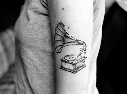 Vintage Record Player Tat - http://www.lovely-tattoo.com/vintage-record-player-tat/