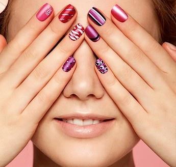Nemůžete se rozhodnout jakou barvu na vaše nehty zvolit? Použijte více barev, ozdobte každý #nehet jinak.  www.orif24.cz