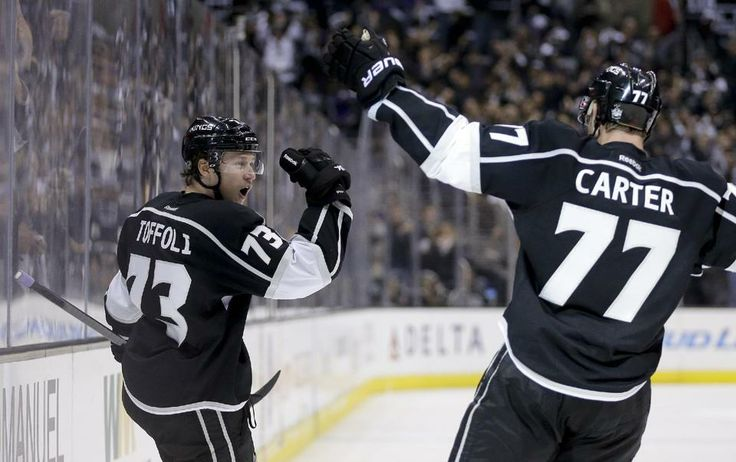 Carter leads Kings past Chicago 4-3 in West final - 2 part of That '70s Line - Jeff Carter, Tyler Toffoli and Tanner Pearson