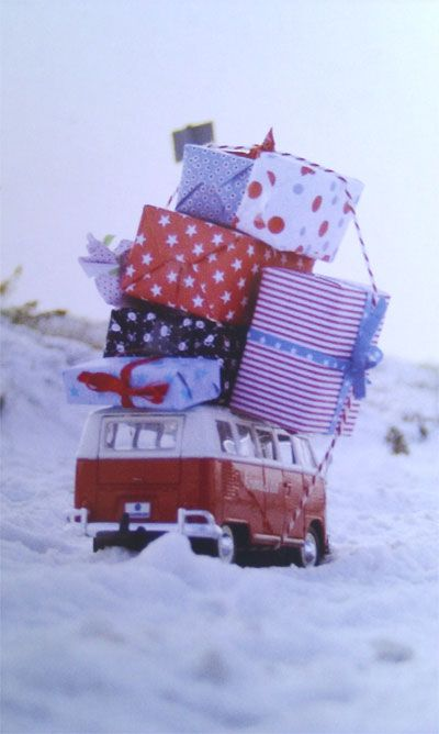 Holiday, Christmas Cards, Christmas Shops, Christmas Presents, Front Yards, Vw Bus, Christmas Mornings, Roads Trips, Vw Vans
