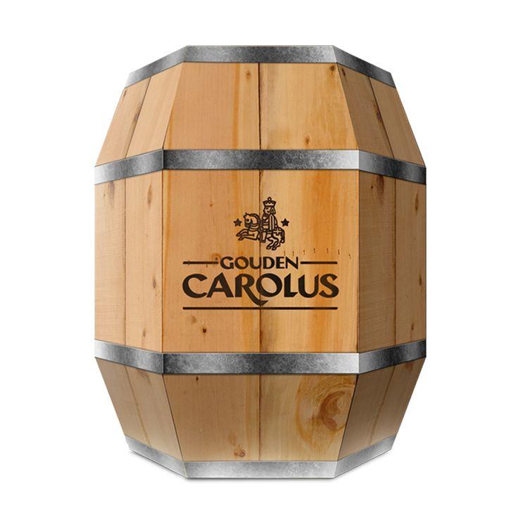 Gouden Carolus ton. Deze stevige kartonnen verpakking heeft een authentieke houtlook. De Gouden Carolus Bierton bevat een mix van 4 Gouden Carolus bieren.  Gouden Carolus Ambrio 33cl, Gouden Carolus Classic 33cl, GOuden Carolus Hopsinjoor 33cl en Gouden Carolus tripel 33cl.