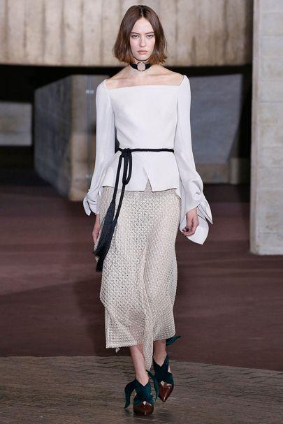 Roland Mouret Autumn/Winter 2017 Ready to Wear Collection | British Vogue