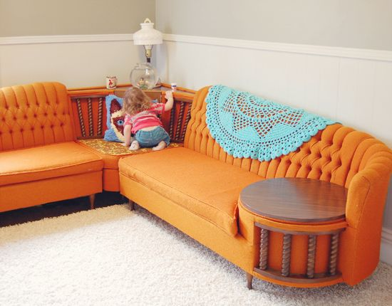 25 Best Ideas About Retro Couch On Pinterest Retro Sofa
