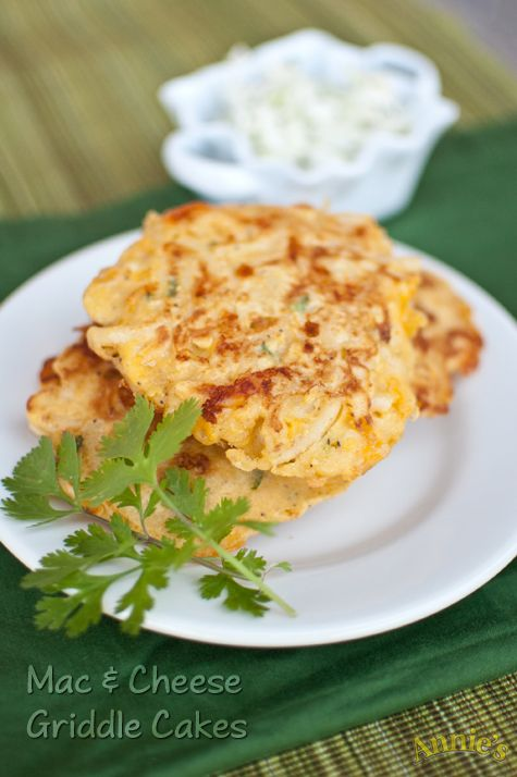 Mac and Cheese Griddle Cakes - from Annie's!Cheese Recipe, Mac And Chees Griddle Cake, Macaroni And Cheese, Cake Recipe, Mac Cheese, Mac N Cheese, Jalapeno Mac, Cheese Griddle, Jalapeño Mac
